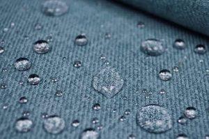 Read more about the article Giysi ve ceketleri su geçirmez hale getirme