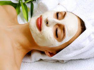 Read more about the article Sizi en az 5 yaş gençleştirecek gençleştirici maske